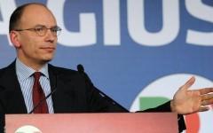 Enrico Letta rilascia alla stampa una dichiarazione sui risultati delle elezioni 2013