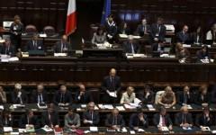 La Camera vota la fiducia al governo Letta