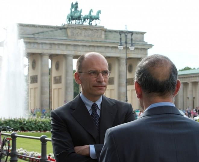 Enrico Letta a Berlino intervistato dal Tg1
